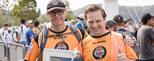 Ben Phillips with John Faulkner at the start of the 100km Oxfam Trailwalk in Melbourne in 2010.